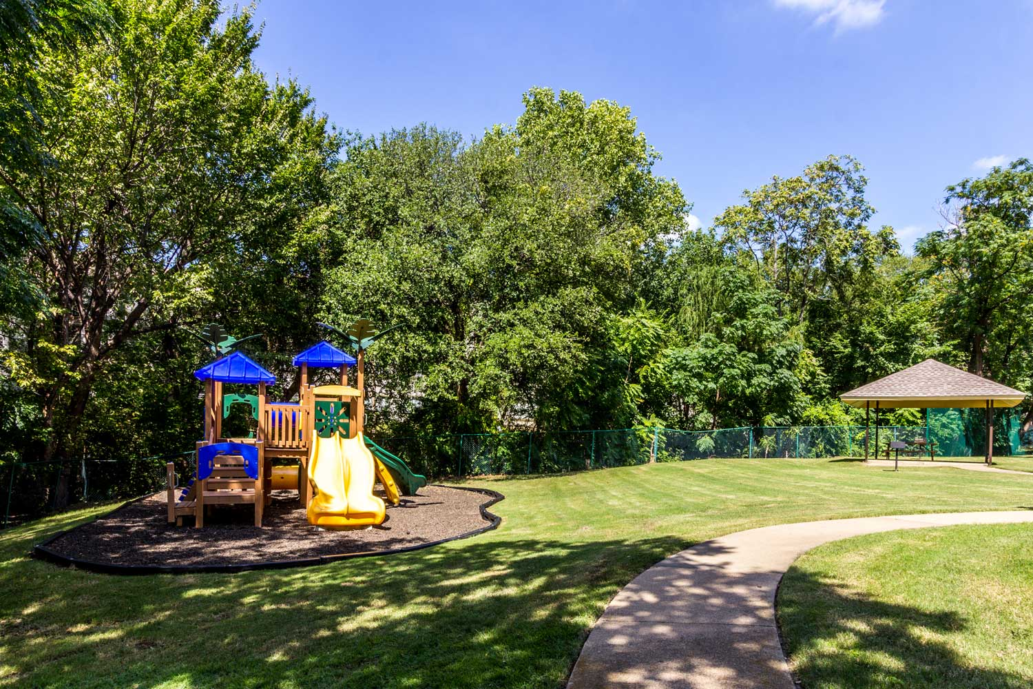 Ample Outdoor Amenities at Forest Hills Apartments in Dallas, TX