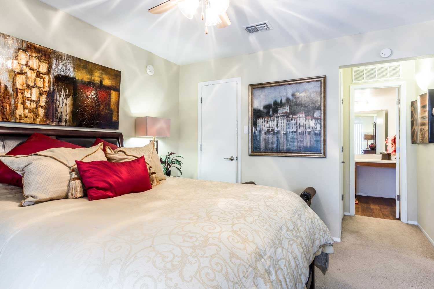 One-Bedroom Apartments for Rent at Forest Hills Apartments in Dallas, TX