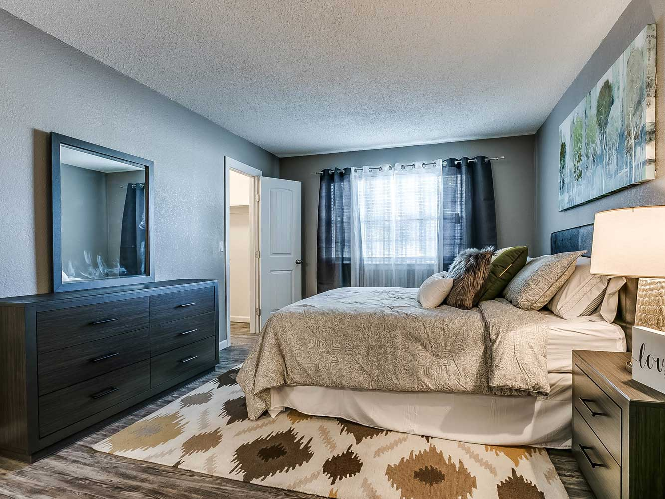 Bedroom at The Heights on Forty4 at Oklahoma City, OK