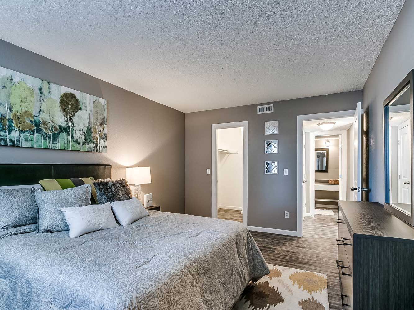Apartment for Rent at The Heights on Forty4 at Oklahoma City, OK