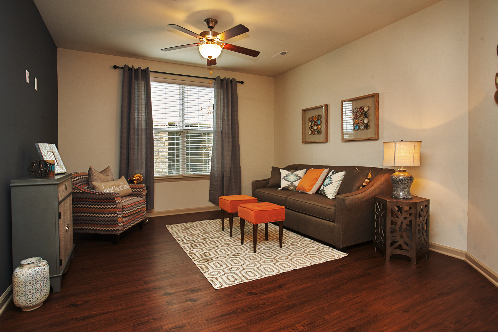 Living Room at the Reserve at Fountainview Apartments in Saint Charles, MO