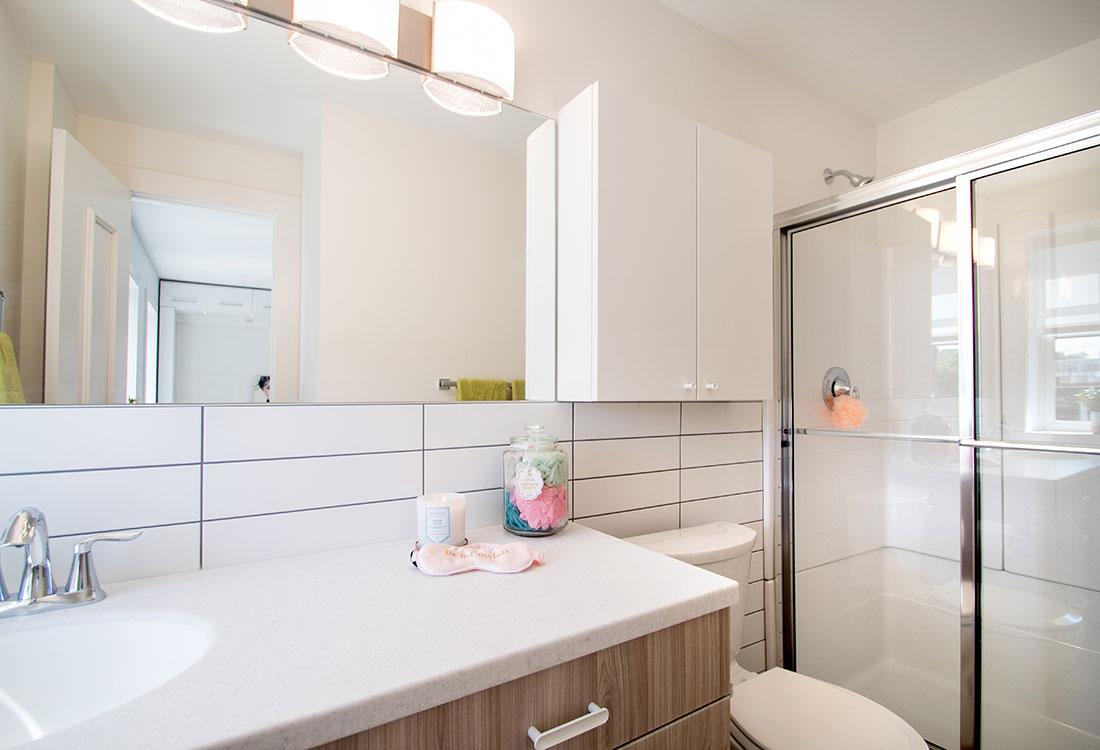 Beautiful Bathrooms at Freiden Building Apartments in Omaha, Nebraska