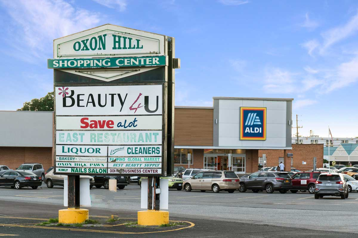 5 minutes to Aldi at Oxon Hill Shopping Center