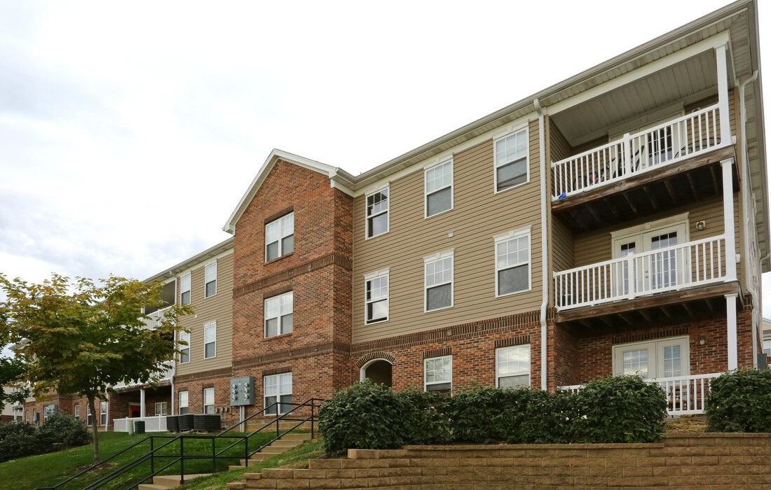 Apartments for Rent at Gleneagles Apartments in Lexington, Kentucky