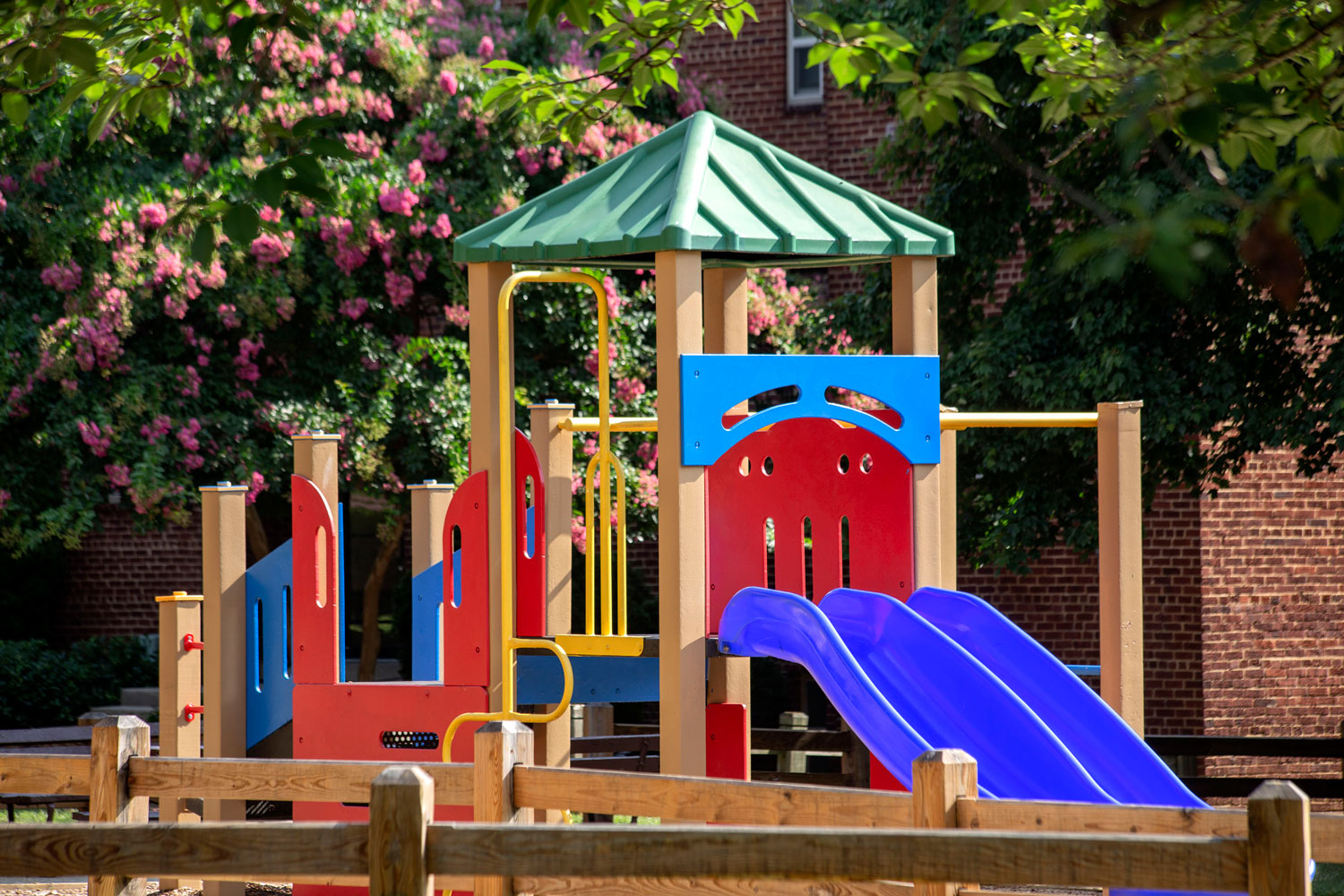 Onsite play areas at Goodacre & Pine Ridge Apartments in Silver Spring, MD