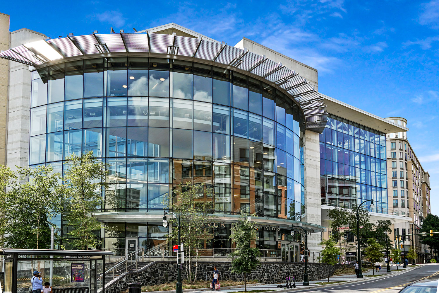 6 minutes to Silver Spring library in Downtown Silver Spring, MD