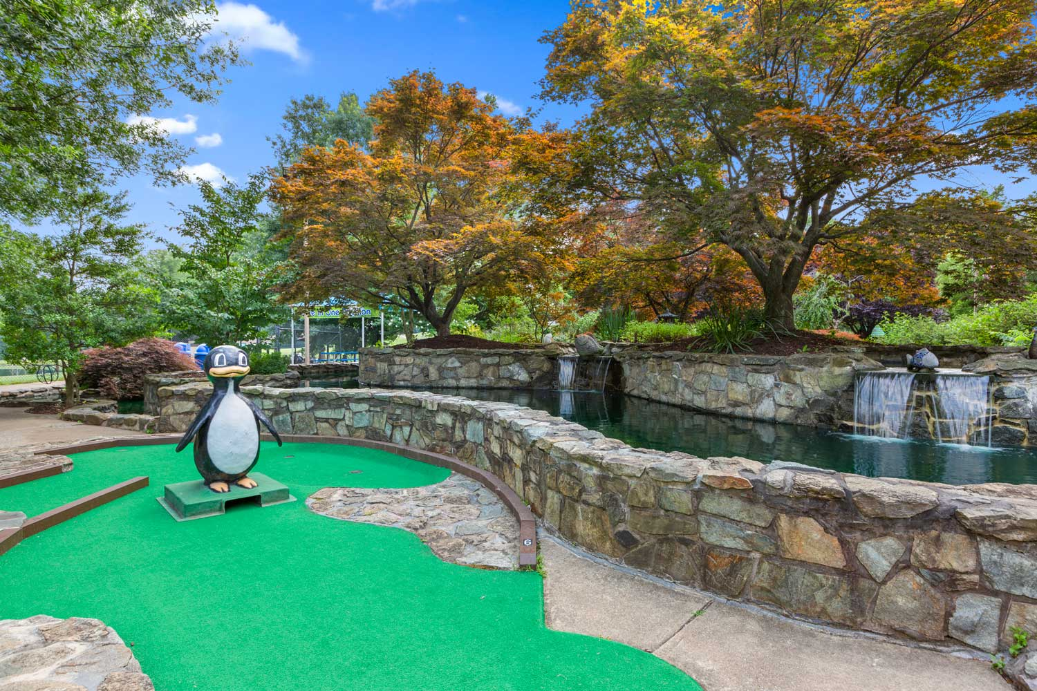 Miniature golf course 5 minutes from Governor Square Apartments in Gaithersburg, MD