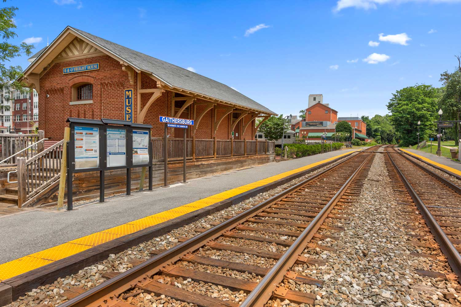 Gaithersburg MARC station is 5 minutes from Governor Square Apartments