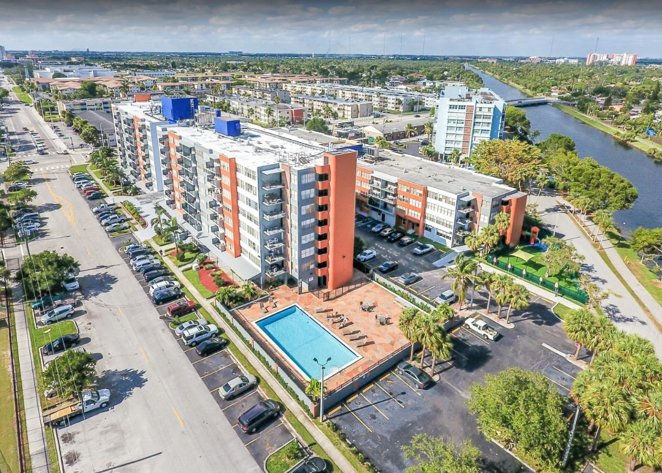 Convenient Location at Grand Island Square Apartments in North Miami Beach, Florida
