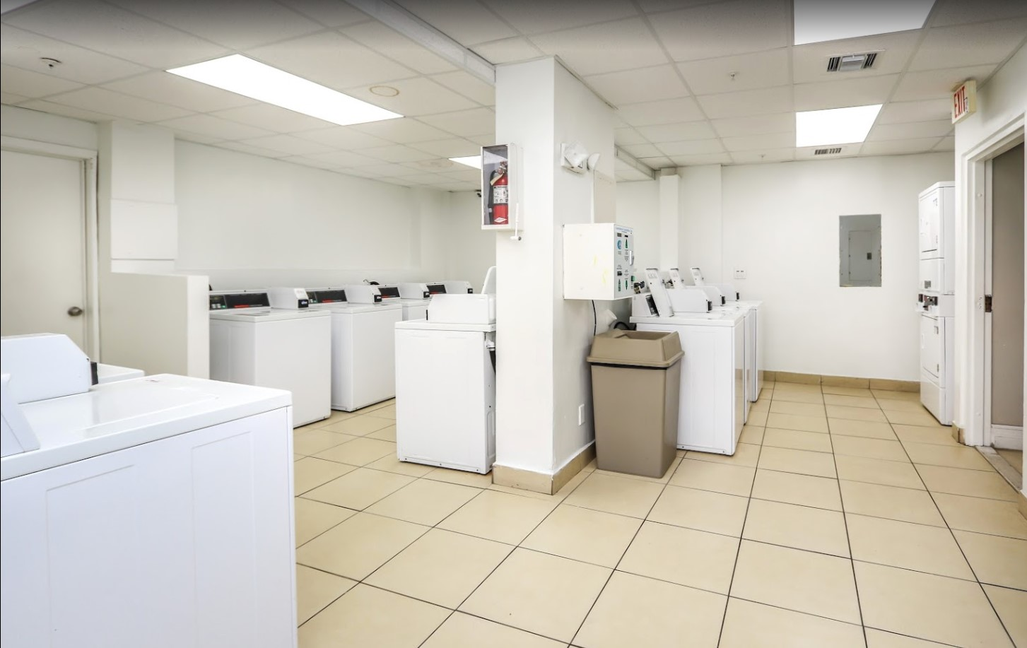 Laundry Center at Grand Island Square Apartments in North Miami Beach, Florida