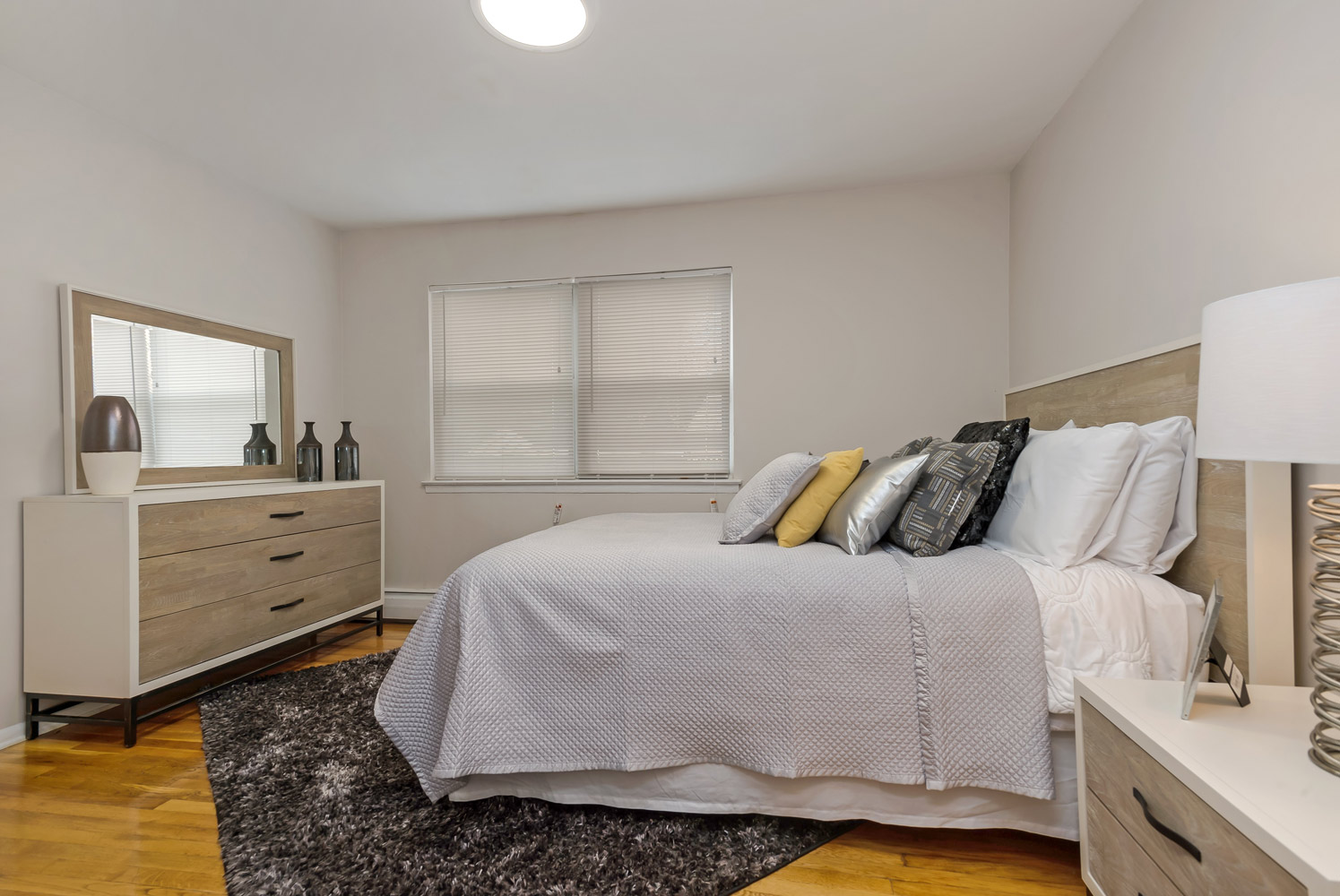 Interior Bedroom at Grandview Gardens Apartments in Edison, New Jersey