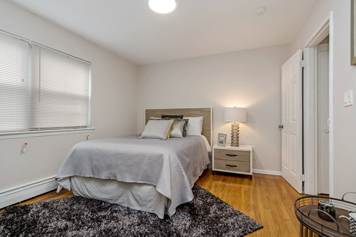 One Bedroom Apartment at Grandview Gardens Apartments in Edison, New Jersey