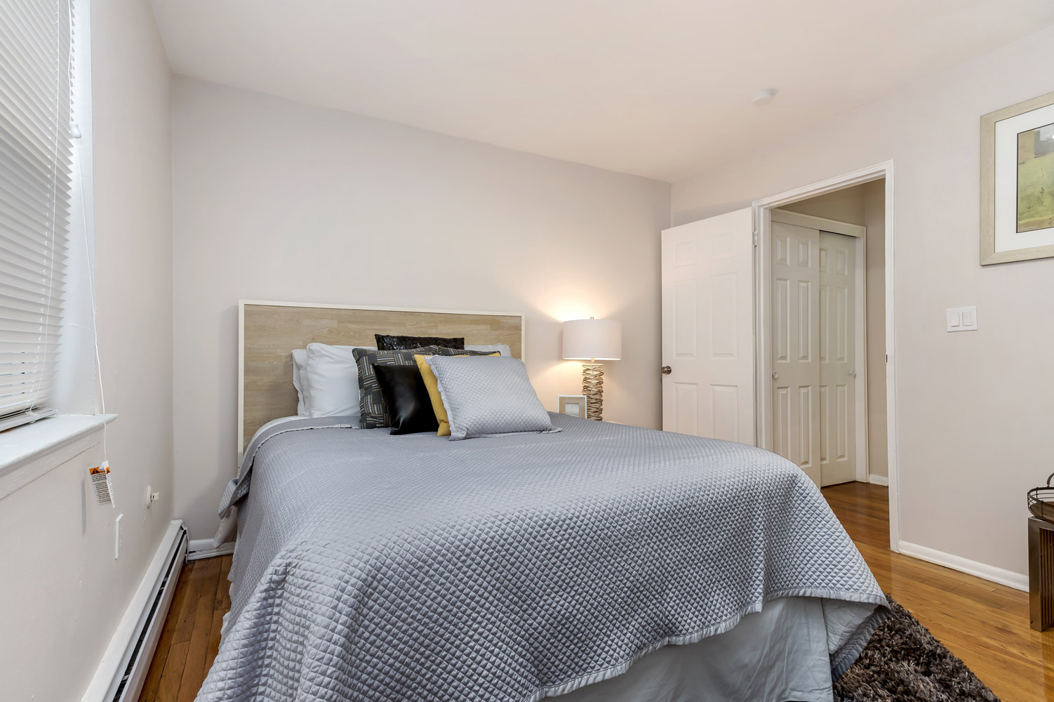 Bedroom at Grandview Gardens Apartments in Edison, New Jersey
