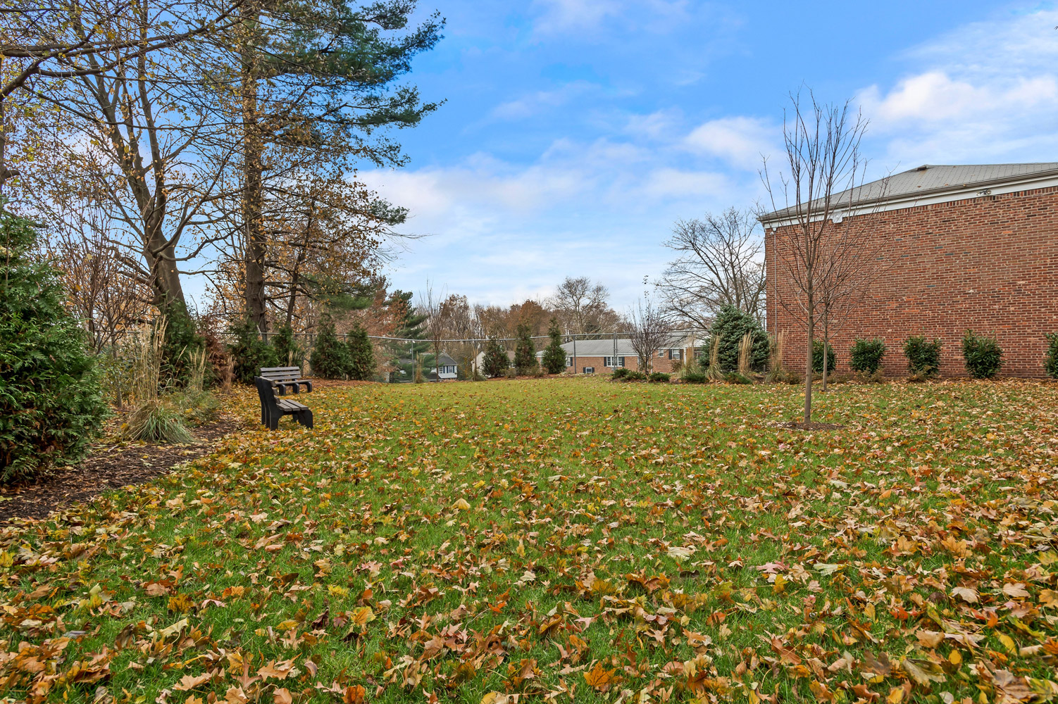 Community Apartments at Grandview Gardens Apartments in Edison, New Jersey