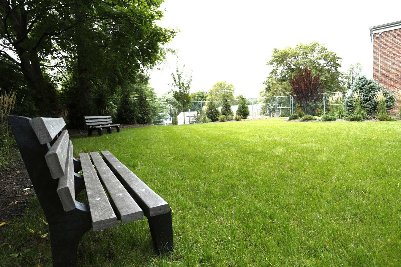 Spacious Dog Park at Grandview Gardens Apartments in Edison, New Jersey