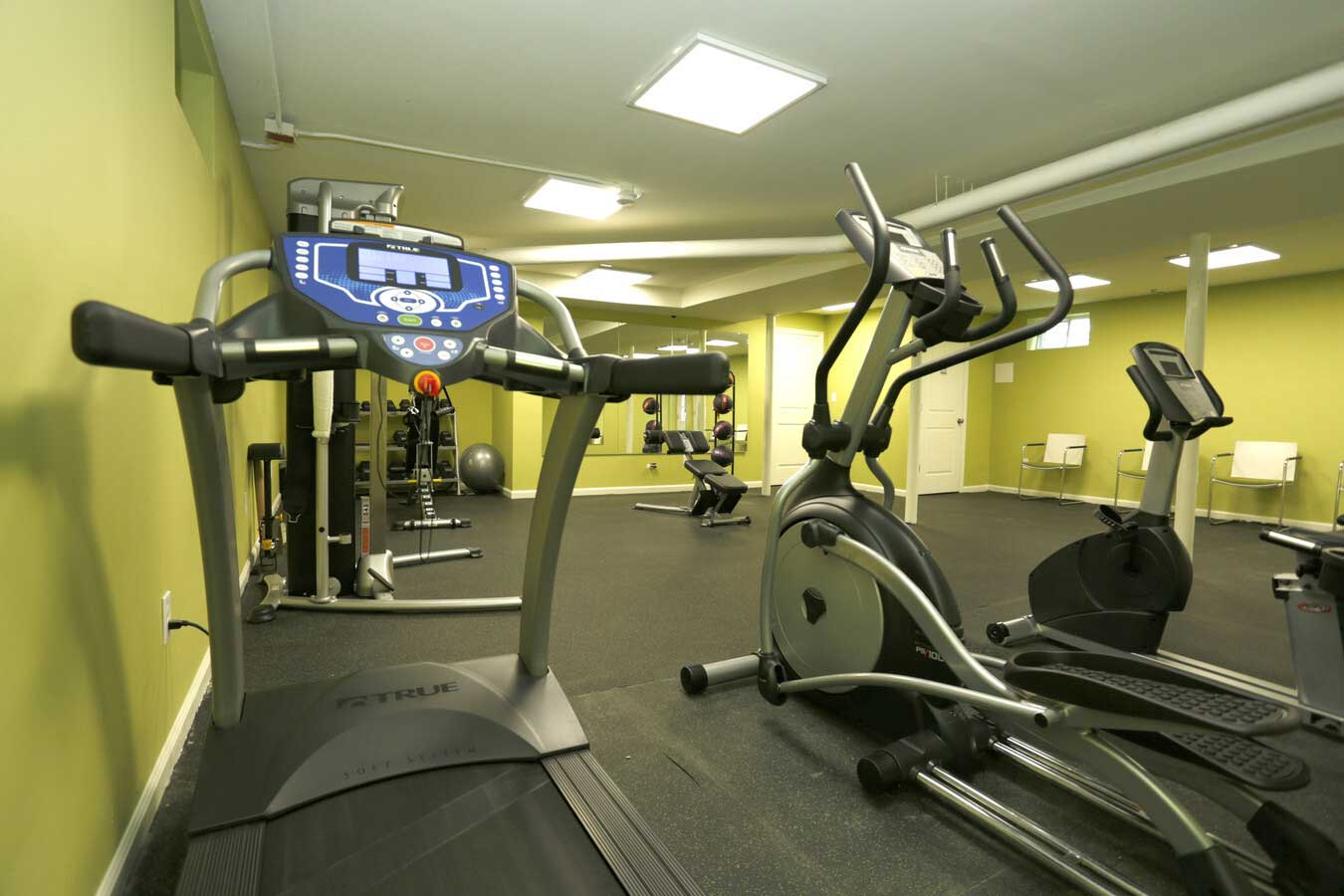 Cardio Machines Available at Grandview Gardens Apartments in Edison, New Jersey