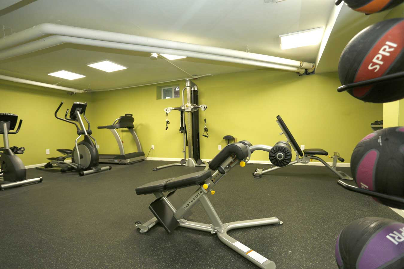 24 Hours Fitness Center at Grandview Gardens Apartments in Edison, New Jersey
