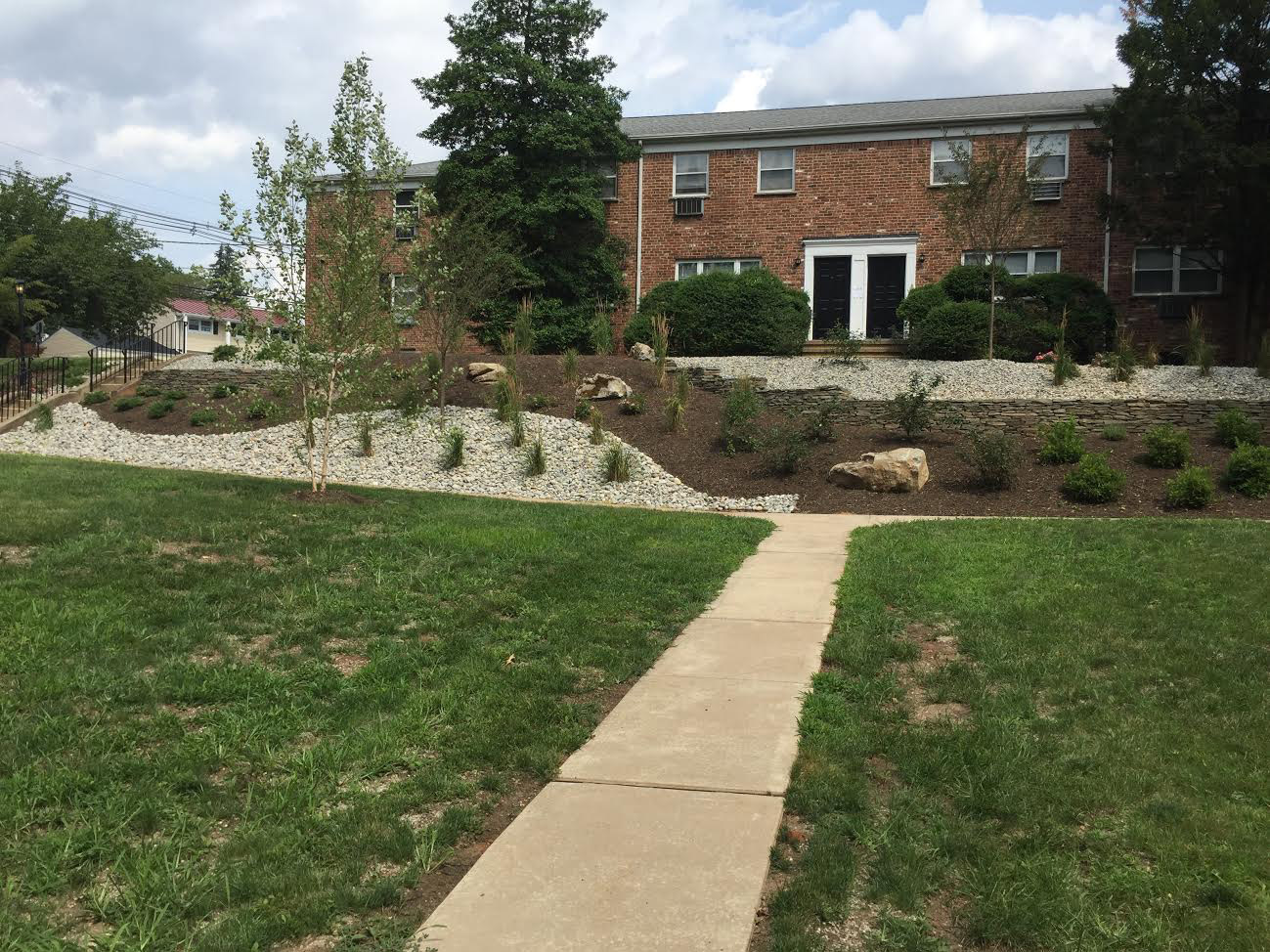 Apartments for Rent at Grandview Gardens Apartments in Edison, New Jersey