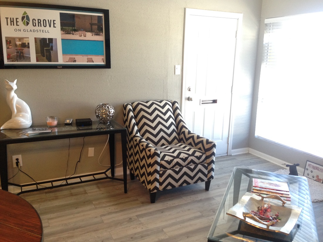 Contemporary Interiors at Grove on Gladstell Apartments in Conroe, Texas