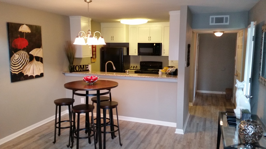 Separate Dining Area at Grove on Gladstell Apartments in Conroe, Texas