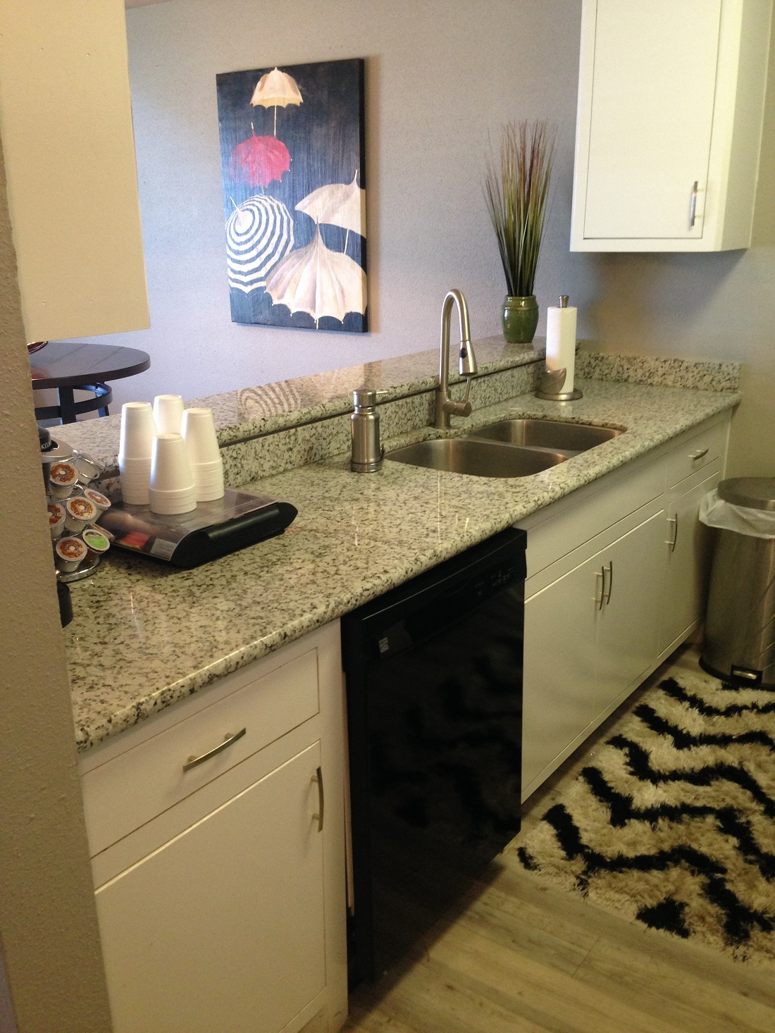Spacious Kitchens at Grove on Gladstell Apartments in Conroe, Texas