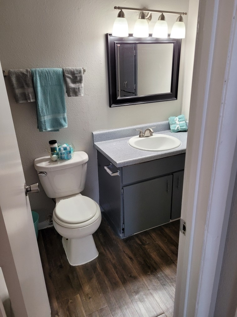 Modern Vanities and Fixtures at Hamilton Place Apartments in San Antonio, Texas
