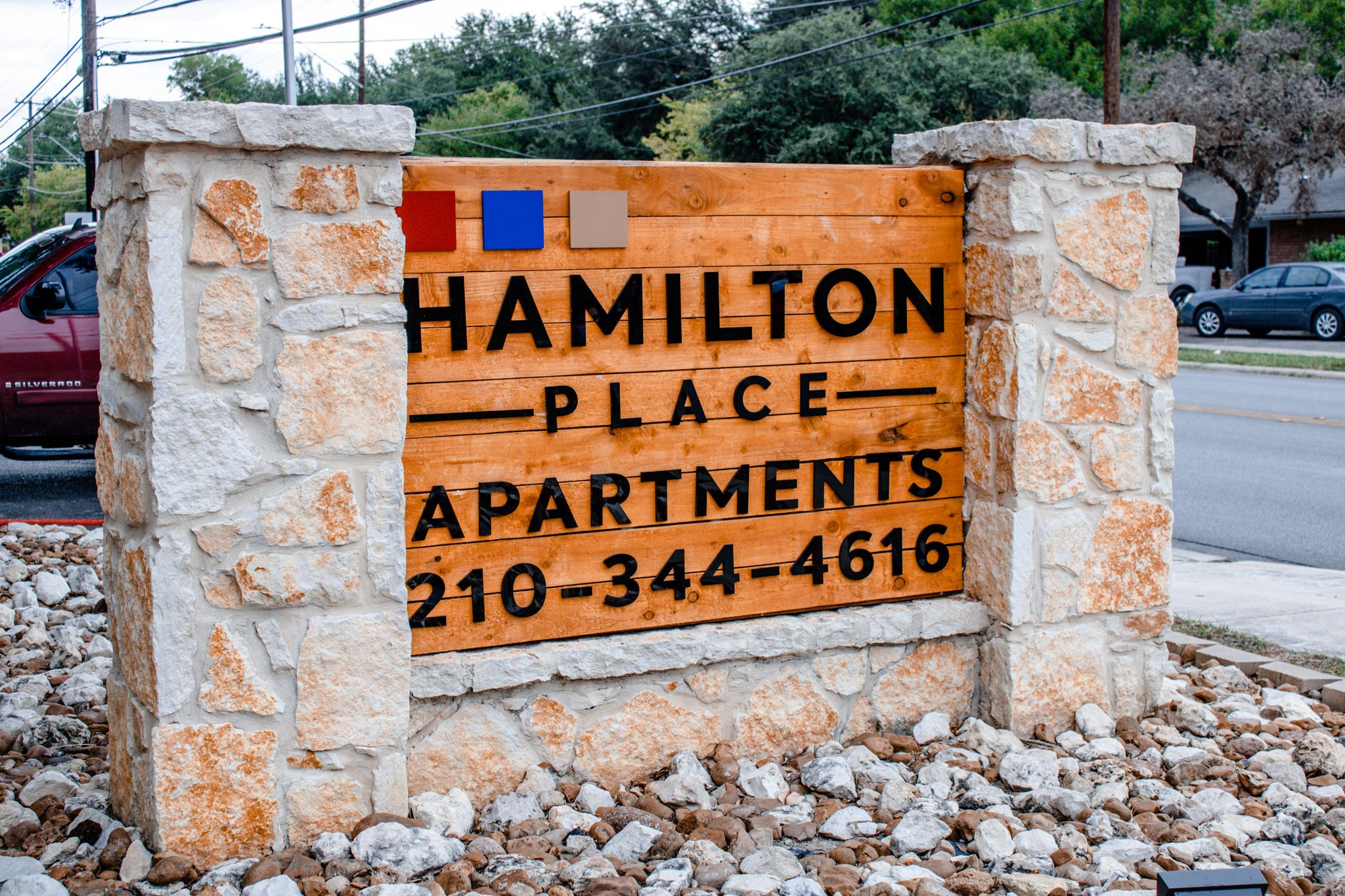 Hamilton Place Apartments