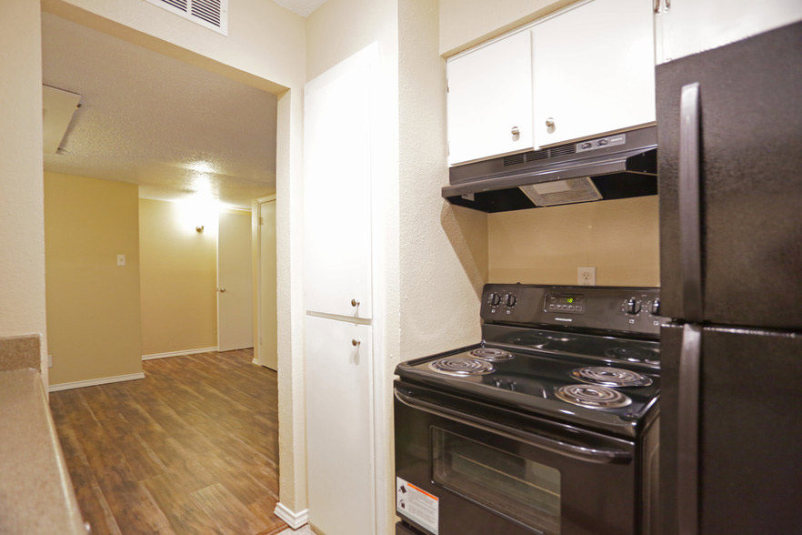 Ample Cabinet Storage at Hamilton Place Apartments in San Antonio, Texas