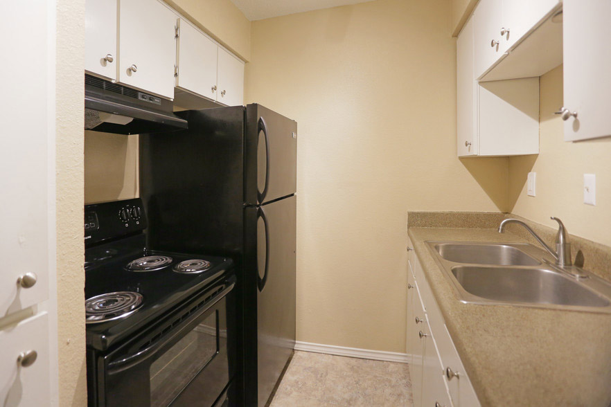 All-Electric Appliances at Hamilton Place Apartments in San Antonio, Texas