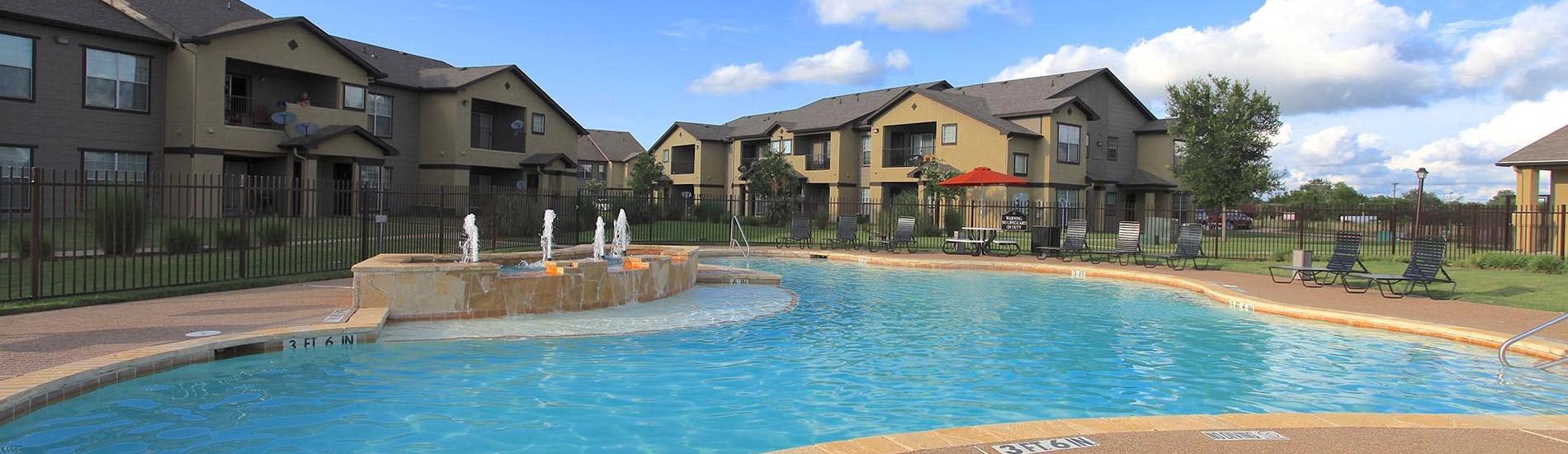 Superb Apartments In Kemp Tx The Hamlins At Cedar Creek Lake In Home Interior And Landscaping Analalmasignezvosmurscom