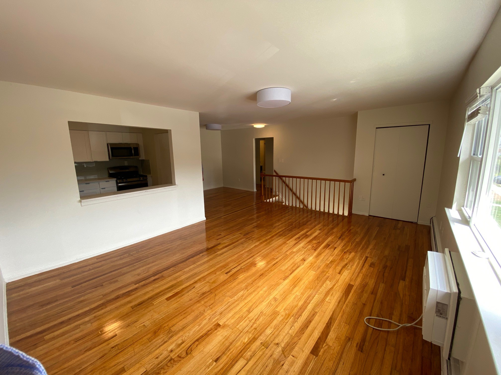 Open Floor Plans at Hampton Gardens Apartments in Middlesex, New Jersey