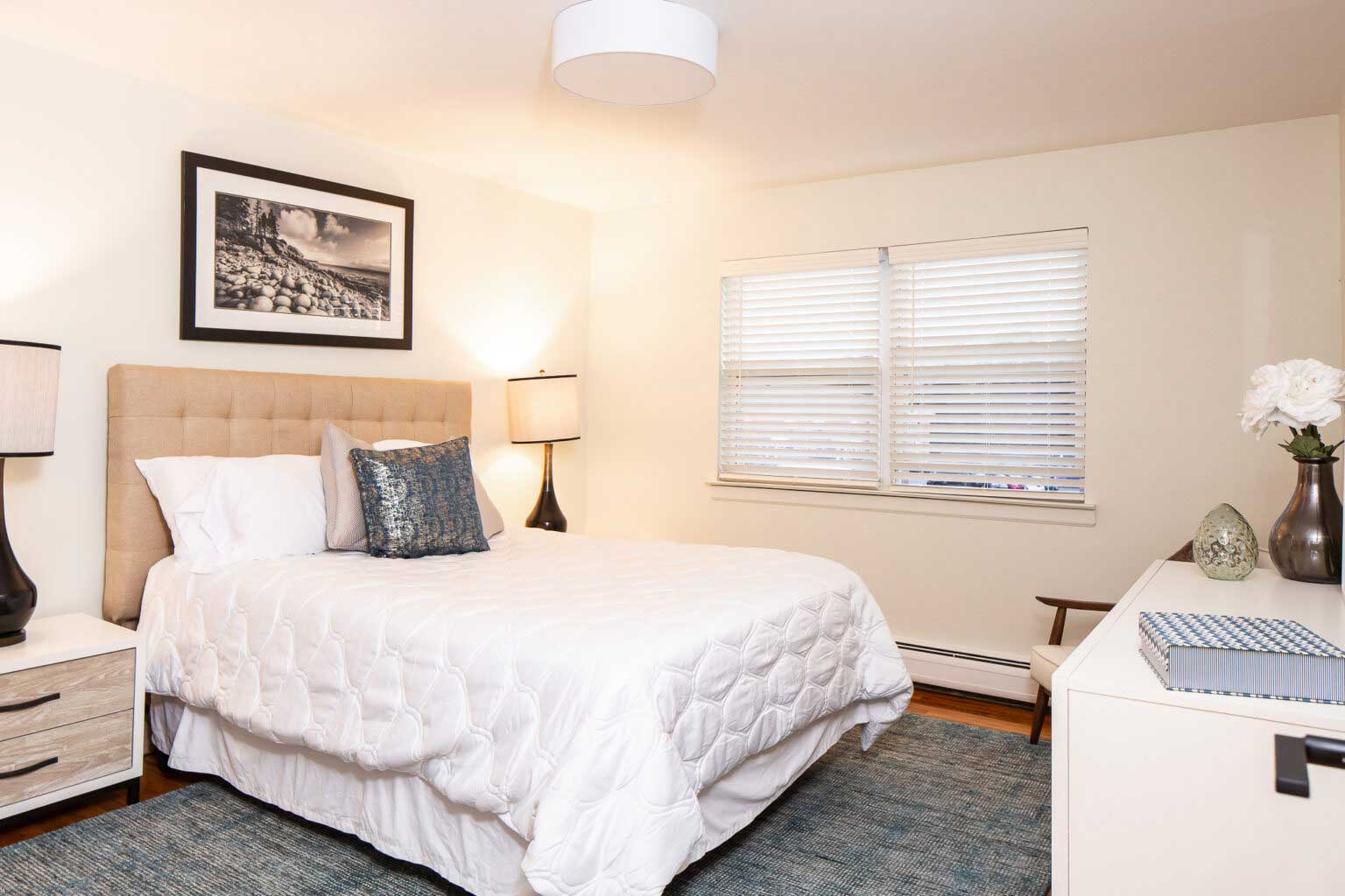One and Two-Bedroom Floor Plans at Hampton Gardens Apartments in Middlesex, New Jersey