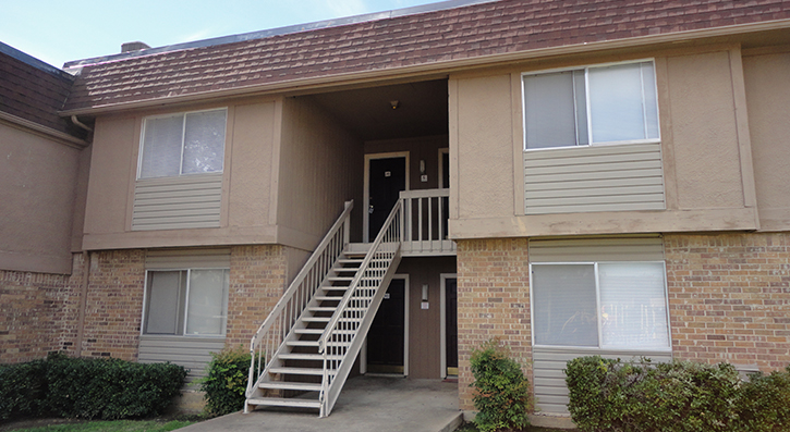 Front View at The Avanti on Central Apartments in Bedford, TX