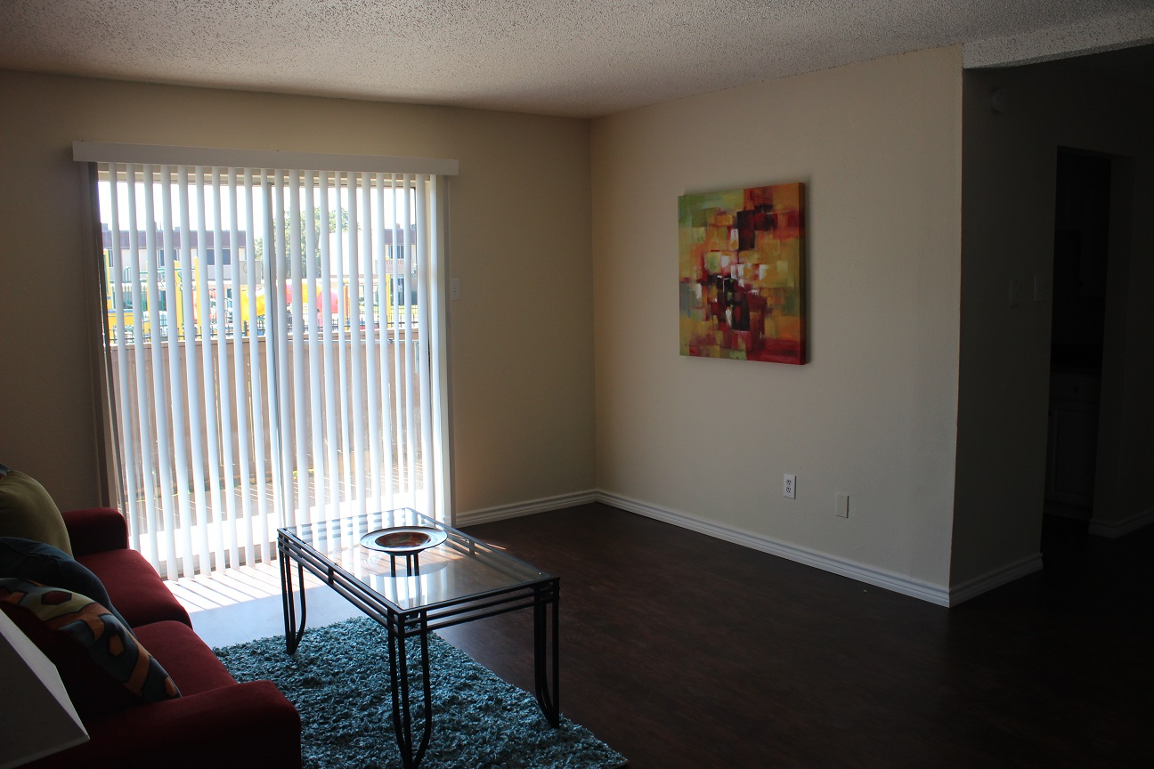 Living Room at The Avanti on Central Apartments in Bedford, TX
