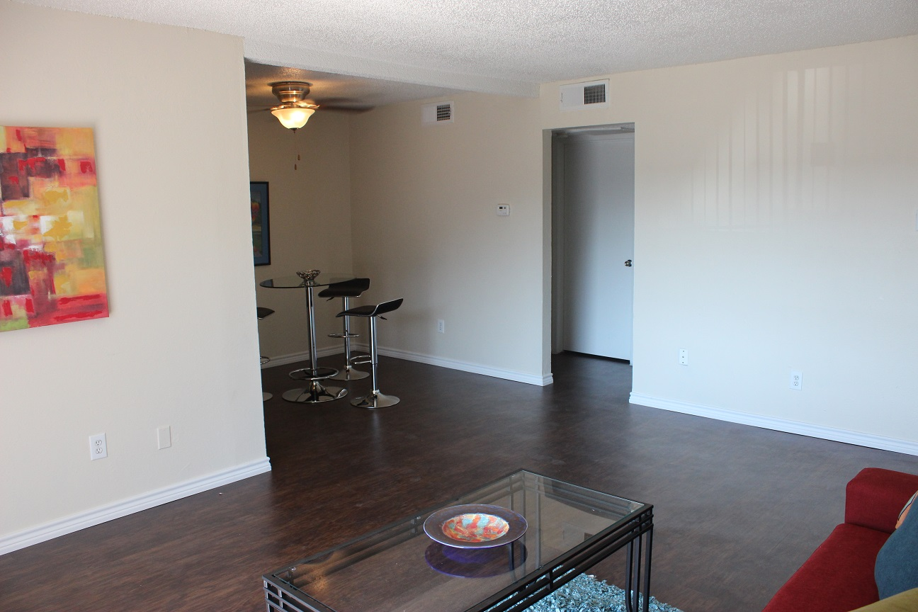 Living Room at The Avanti on Central Apartments in Bedford , TX