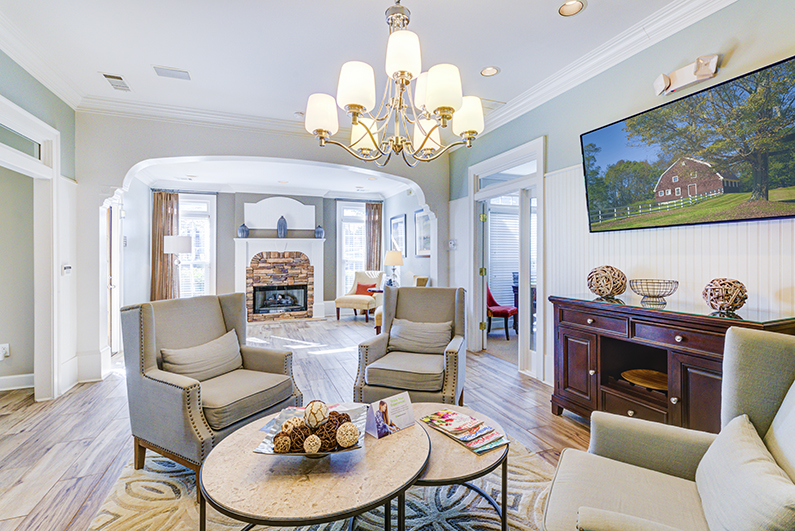 Spacious Interiors at The Hamptons at East Cobb Apartments in Marietta, Georga