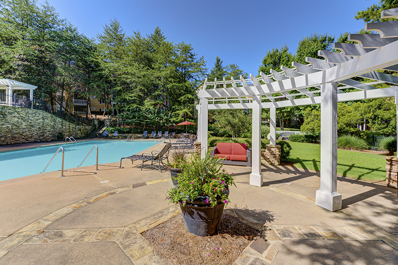 Sparkling Swimming Pool at The Hamptons at East Cobb Apartments in Marietta, Georgia