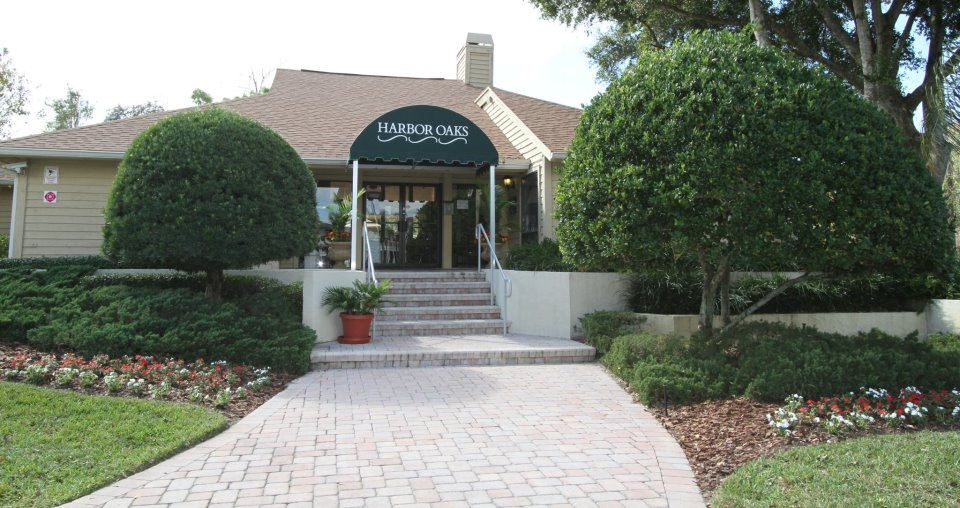 Leasing Center at Harbor Oaks Apartments in Hudson, FL