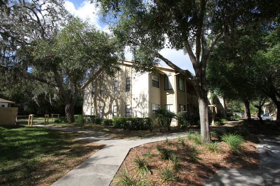 Quiet Apartment Living Among a Natural Setting at Harbor Oaks Apartments in Hudson, FL