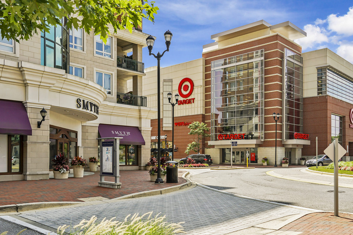 Annapolis Town Center is 5 minutes from Harbour Gates Apartments in Annapolis, MD