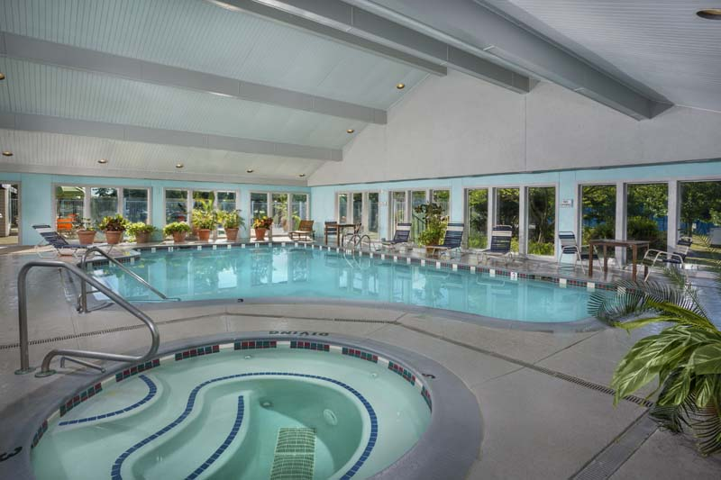 Indoor heated pool & whirlpool spa at Harbour Gates Apartments in Annapolis, MD