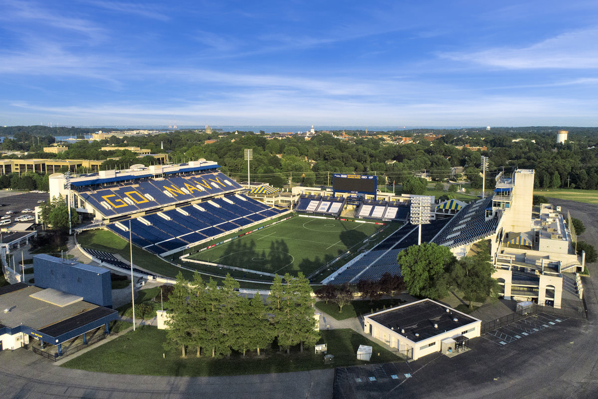 5 minutes to Navy-Marine Corps Memorial Stadium in Annapolis, MD