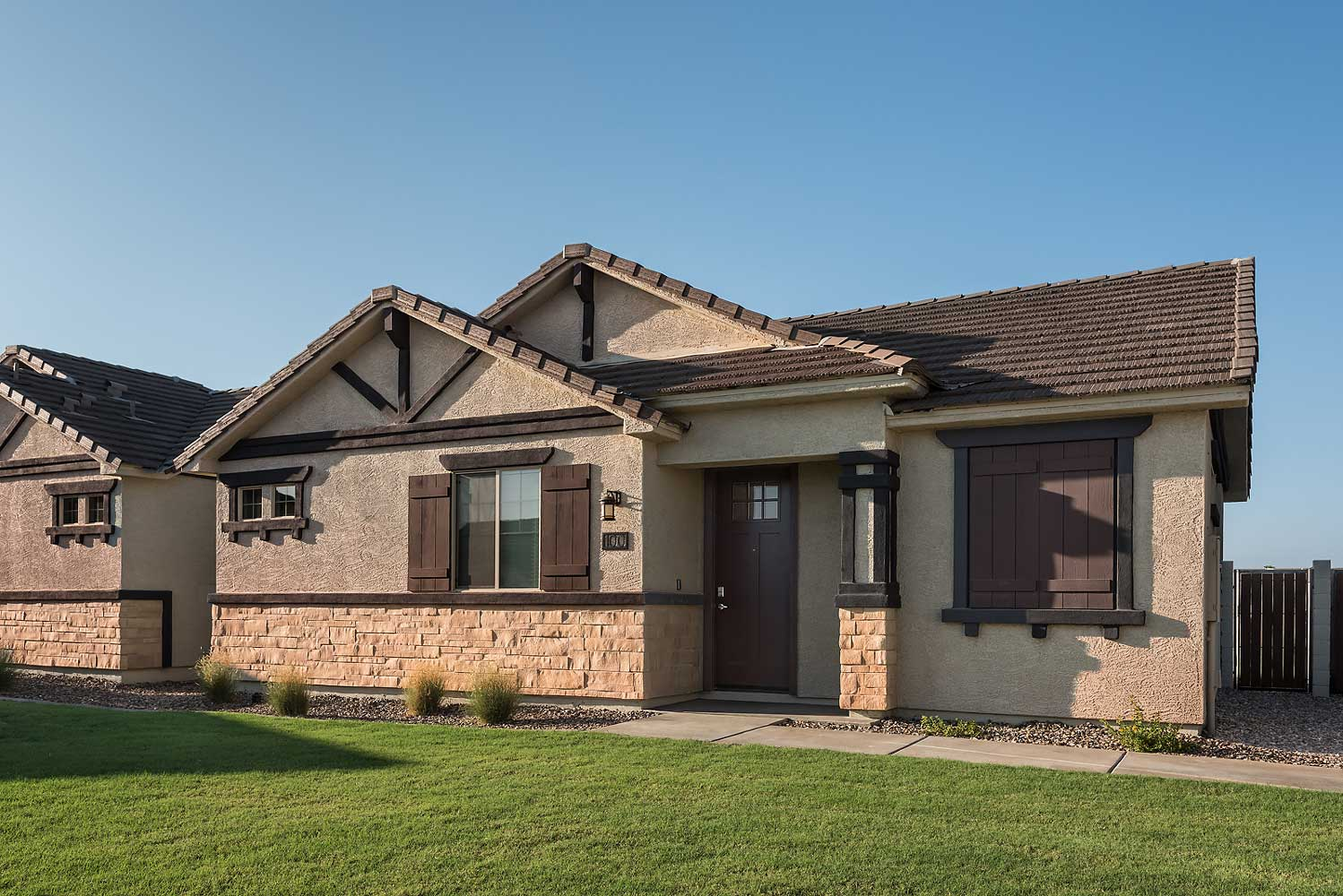Single-Story Living with Private Backyard at Harvard Crossing Apartments in Goodyear, AZ