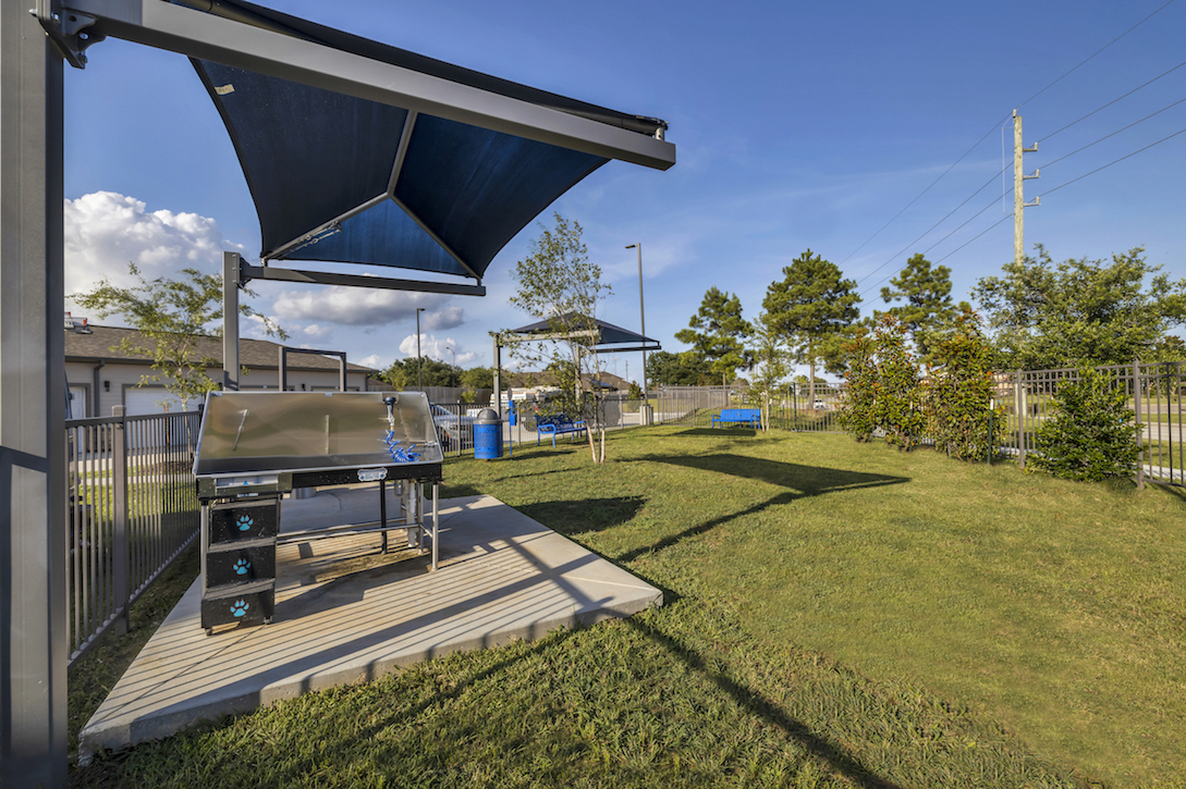 Pet Park and Dog Wash Area at Haven at Bellaire Apartments in Richmond, TX