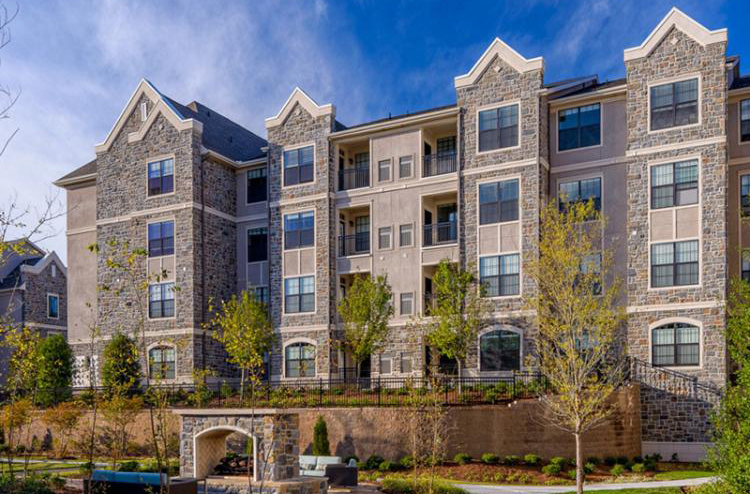 Exterior View at the Heights at Lasalle Apartments in Durham, NC