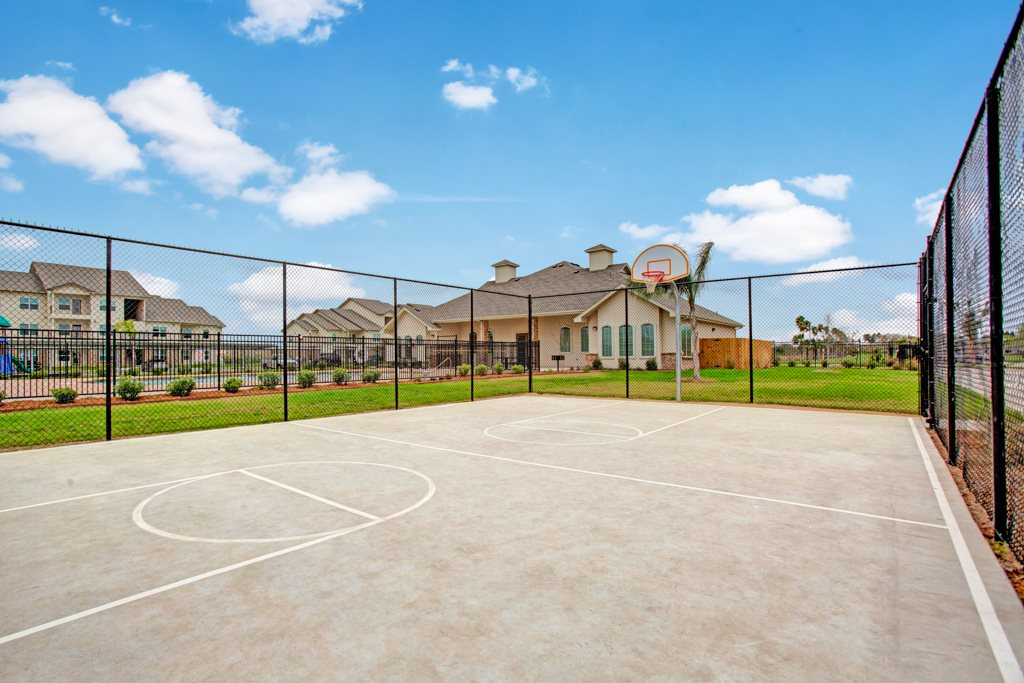 Sports Court at Henderson 1575 Apartments in Los Fresnos, Texas