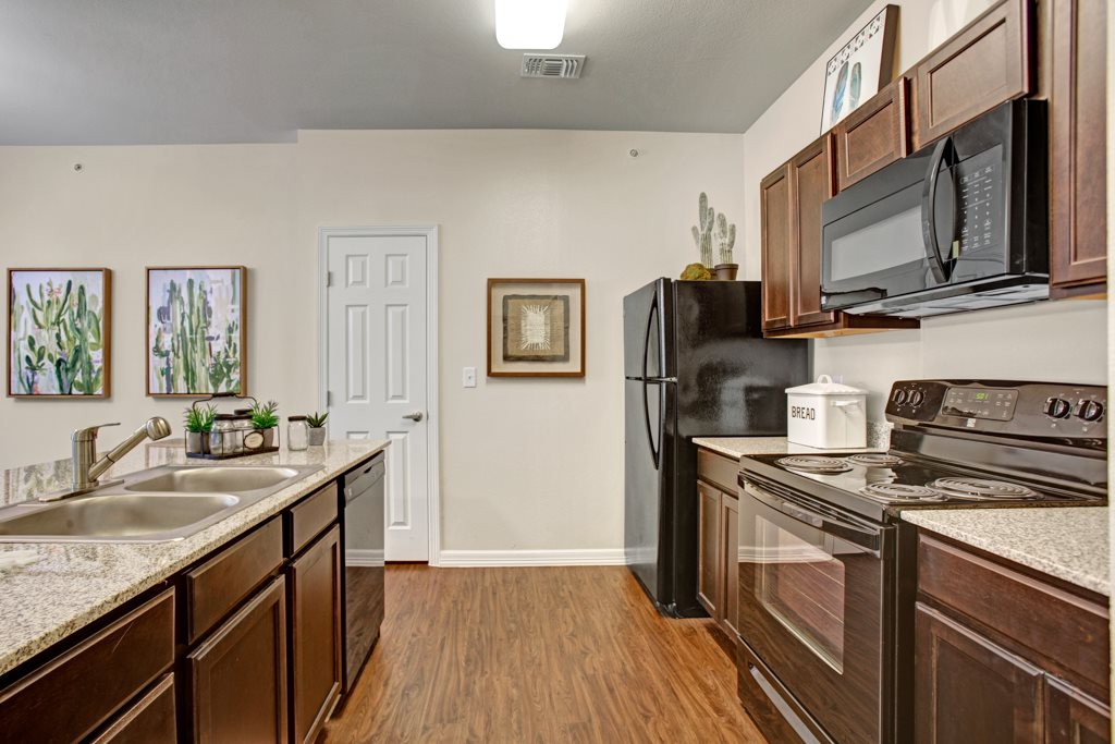 Ample Counterspace at Henderson 1575 Apartments in Los Fresnos, Texas