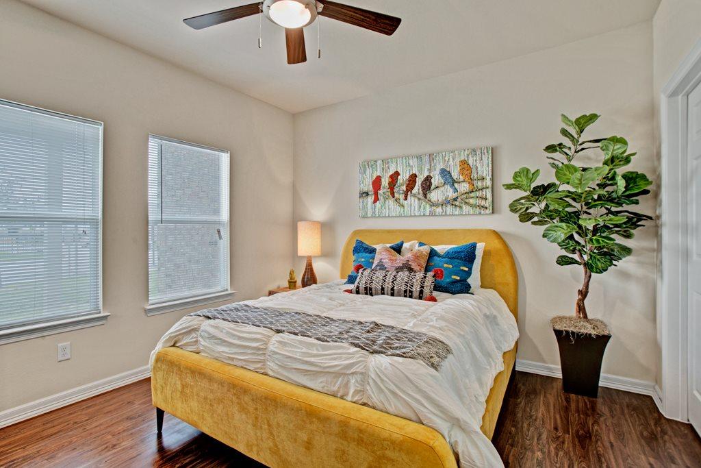 Cozy Bedrooms at Henderson 1575 Apartments in Los Fresnos, Texas