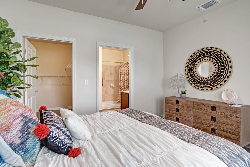 One, Two and Three-Bedroom Rentals at Henderson 1575 Apartments in Los Fresnos, Texas