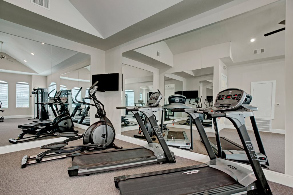Fitness Center at Henderson 1575 Apartments in Los Fresnos, Texas
